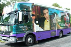 mobile-library-warminster1